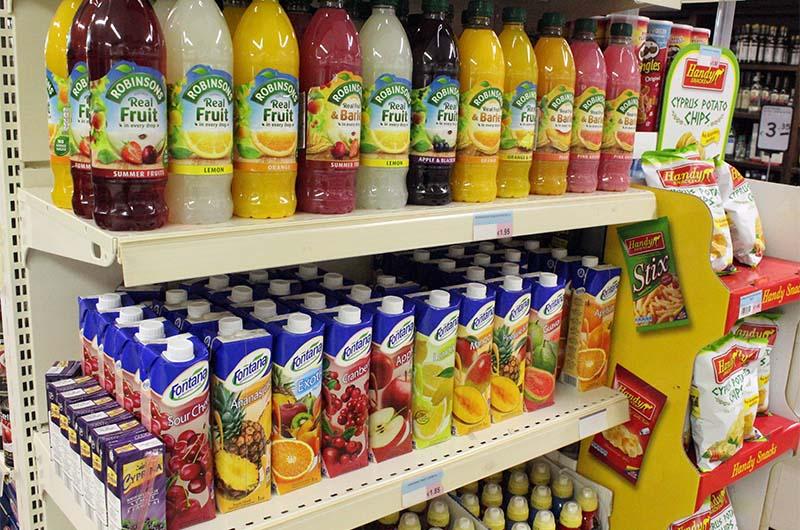 Фруктовые соки в гипермаркете ПапаАнтонио.
